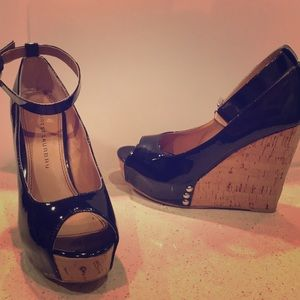 Chinese Laundry Black Patent Leather Cork Wedges